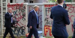 O isolamento social de Trump
